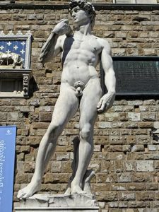 contrapposto en el david de michelangelo