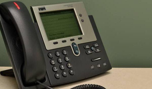 teléfono con el prefijo 95